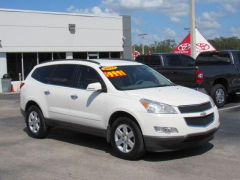 Pre-Owned 2011 Chevrolet Traverse FWD 4dr LT w/2LT