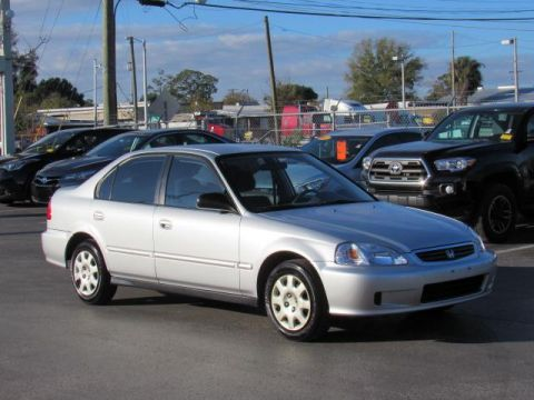 Pre-Owned 1999 Honda Civic 4dr Sdn VP Auto