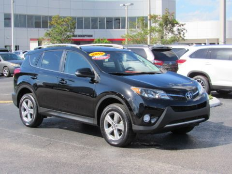 Certified Pre-Owned 2015 Toyota RAV4 FWD 4dr XLE