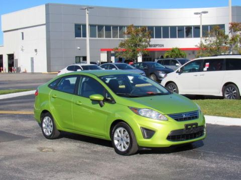 Pre-Owned 2012 Ford Fiesta 4dr Sdn SE