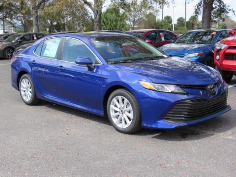 New Toyota Camry LE Auto