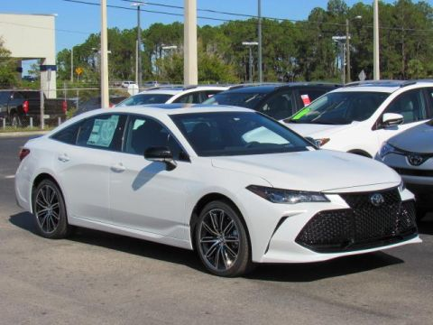 New 2019 Toyota Avalon XSE FWD