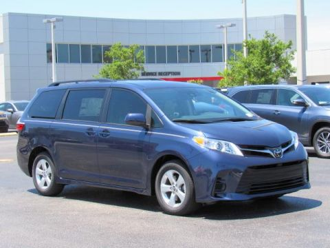 New Toyota Sienna LE FWD 8-Passenger