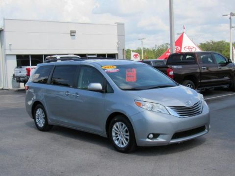Certified Pre-Owned 2015 Toyota Sienna 5dr 8-Pass Van XLE FWD