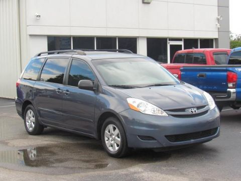Used Toyota Sienna 5dr 7-Pass Van LE FWD