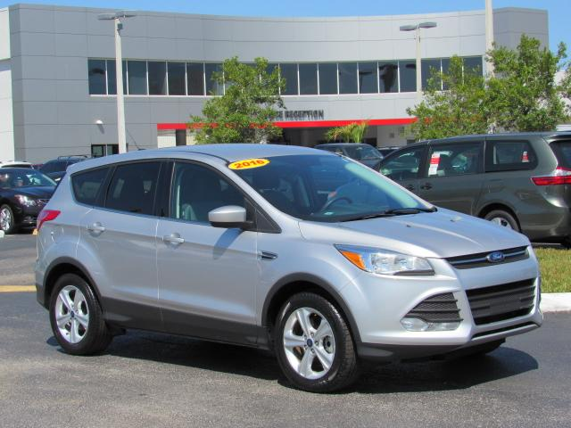 pre-owned 2016 ford escape 4wd 4dr se sport utility in tampa #p8943