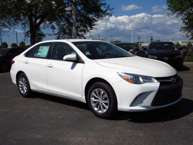 new 2017 toyota camry le auto sedan in tampa 172344 stadium toyota. Black Bedroom Furniture Sets. Home Design Ideas