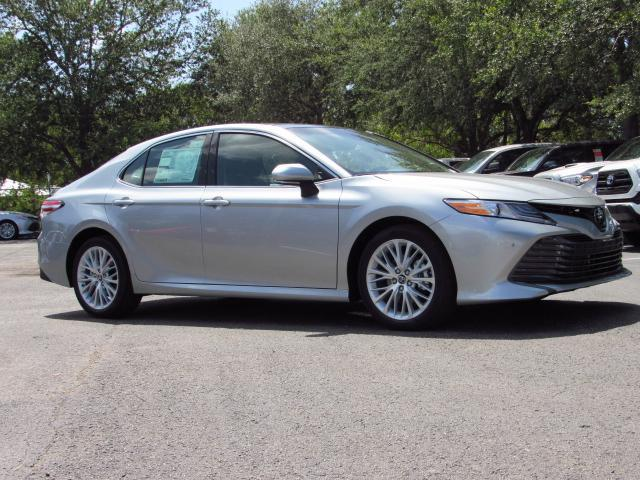 new 2018 toyota camry xle v6 auto 4dr car in tampa 180072 stadium toyota. Black Bedroom Furniture Sets. Home Design Ideas