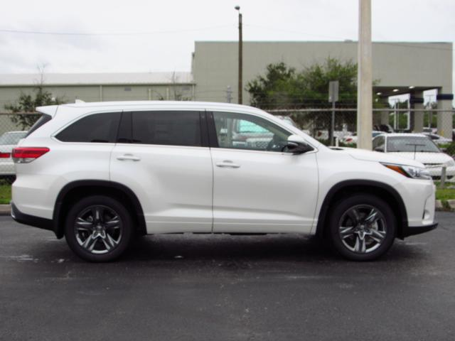 2018 toyota highlander limited platinum. fine highlander new 2018 toyota highlander limited platinum throughout toyota highlander limited platinum