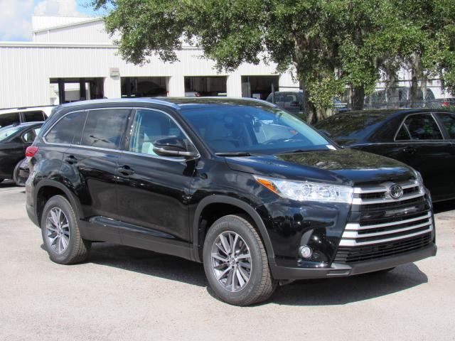 New 2019 Toyota Highlander Xle V6 Fwd Suv In Tampa 190561 Stadium
