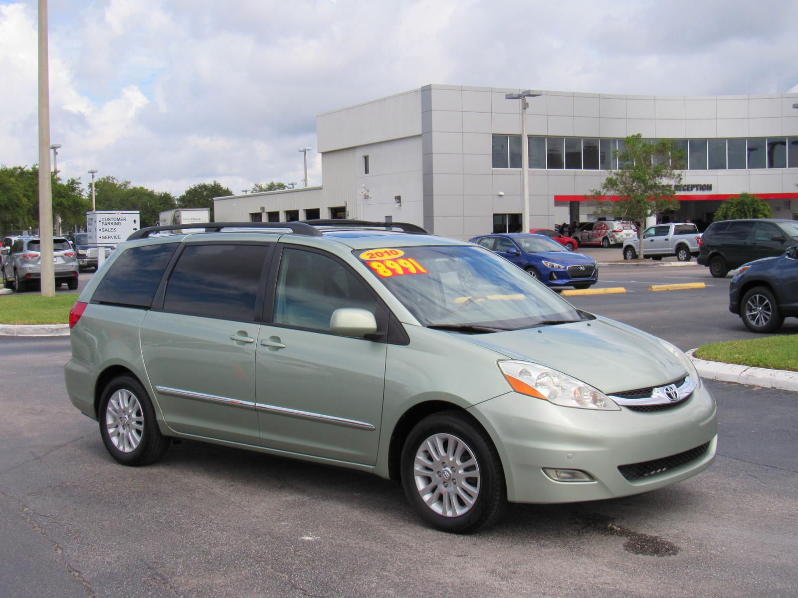 Pre-Owned 2010 Toyota Sienna 5dr 7-Pass Van XLE Ltd FWD (Natl)