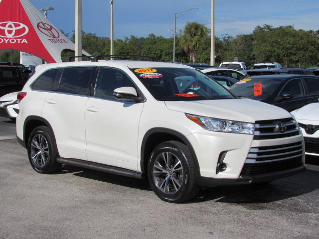 Certified Pre-Owned 2017 Toyota Highlander LE I4 FWD