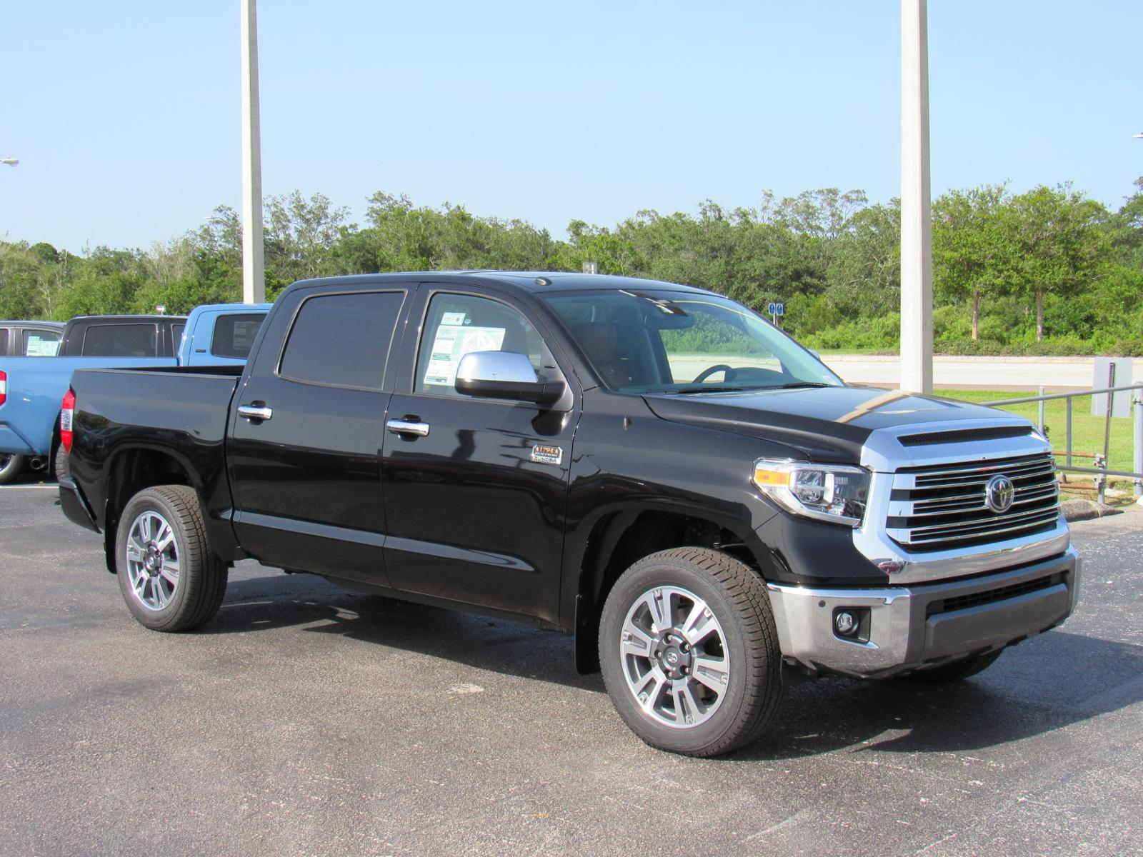 New 2019 Toyota Tundra 4WD 1794 Edition CrewMax 5.5' Bed 5.7L (Natl)