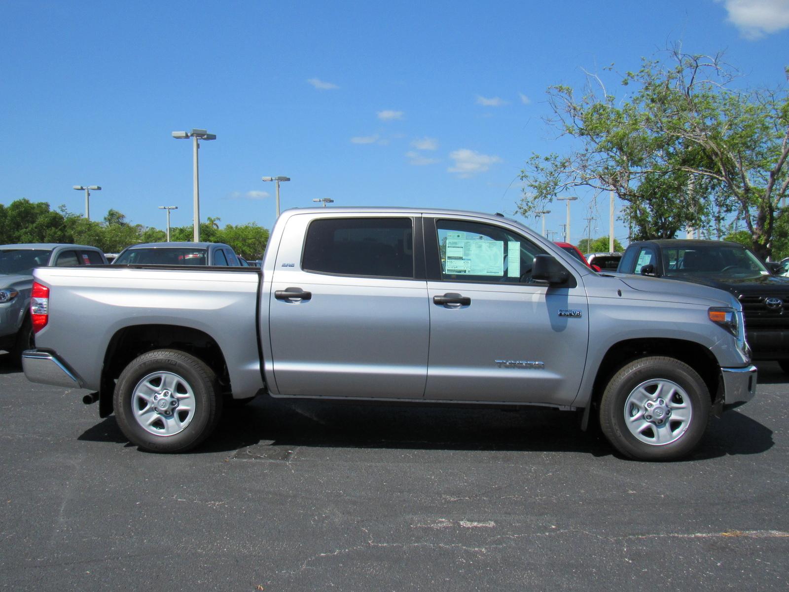 in limited clermont tundra toyota crewmax inventory new