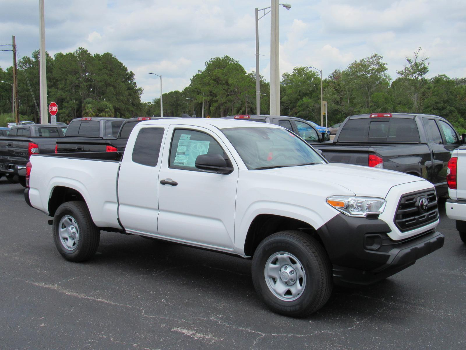 New 2019 Toyota Tacoma 2WD SR Access Cab 6' Bed I4 AT RWD