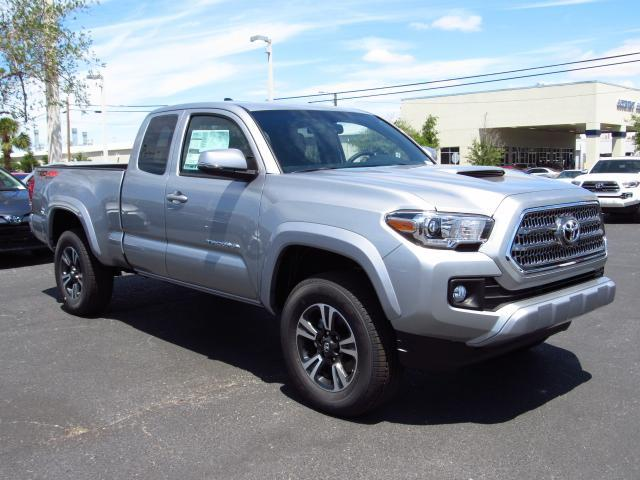 new 2017 toyota tacoma trd sport access cab 6 39 bed v6 4x4 at extended cab pickup in tampa. Black Bedroom Furniture Sets. Home Design Ideas