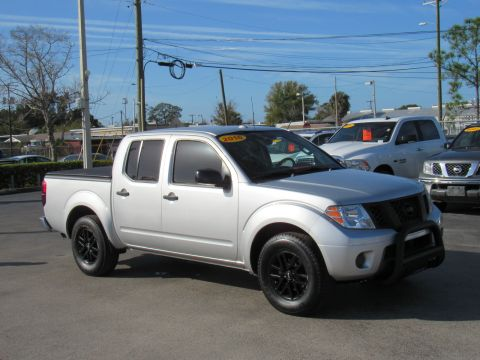 Pre-Owned 2016 Nissan Frontier 2WD Crew Cab SWB Auto SV 2WD Crew Cab SWB Auto SV Rear Wheel Drive