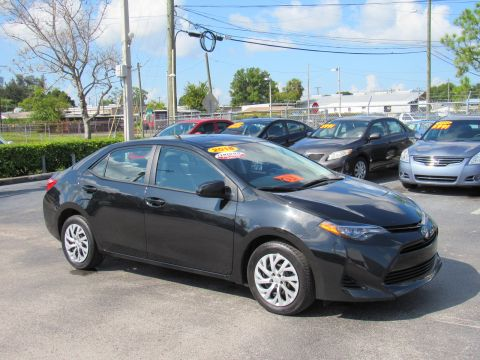 Certified Pre-Owned 2018 Toyota Corolla LE CVT FWD