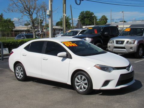Pre-Owned 2015 Toyota Corolla 4dr Sdn CVT LE (Natl) Front Wheel Drive