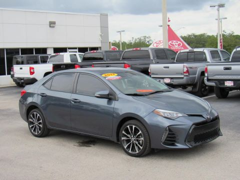 Certified Pre-Owned 2017 Toyota Corolla LE CVT (Natl) Front Wheel Drive