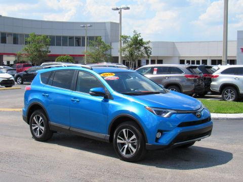 Certified Pre-Owned 2018 Toyota RAV4 XLE AWD (Natl) All Wheel Drive