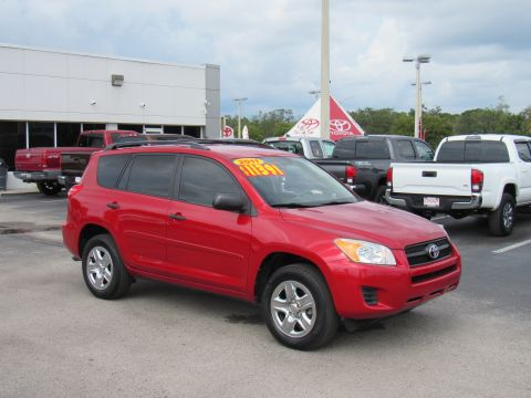 Pre-Owned 2011 Toyota RAV4 FWD 4dr 4-cyl 4-Spd AT (Natl) Front Wheel Drive