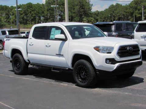 New 2019 Toyota Tacoma 4WD Tacoma XSP Black Beadlock SR5 Double Cab 5' Bed V6 AT 4WD