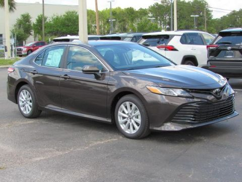 New 2019 Toyota Camry LE Auto FWD
