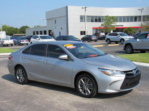 Certified Pre-Owned 2016 Toyota Camry 4dr Sdn I4 Auto SE (Natl) Front Wheel Drive
