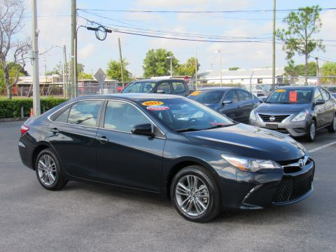 Certified Pre-Owned 2017 Toyota Camry SE Auto (Natl) Front Wheel Drive