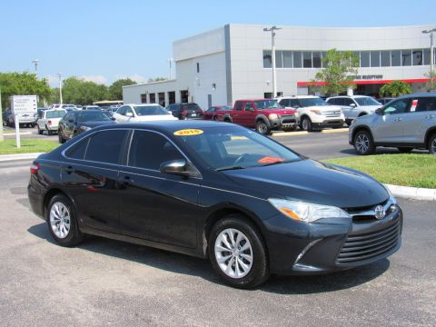 Pre-Owned 2015 Toyota Camry 4dr Sdn I4 Auto LE (Natl) Front Wheel Drive