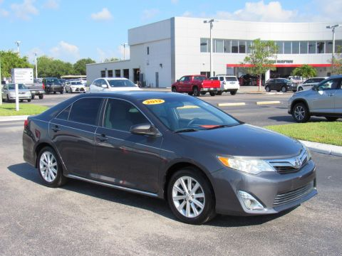 Pre-Owned 2012 Toyota Camry 4dr Sdn I4 Auto XLE (Natl) Front Wheel Drive