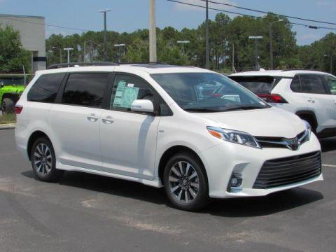 New 2020 Toyota Sienna Limited AWD 7-Passenger With Navigation & AWD