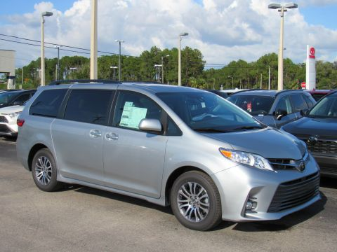 New 2020 Toyota Sienna XLE FWD 8-Passenger (Natl) Front Wheel Drive