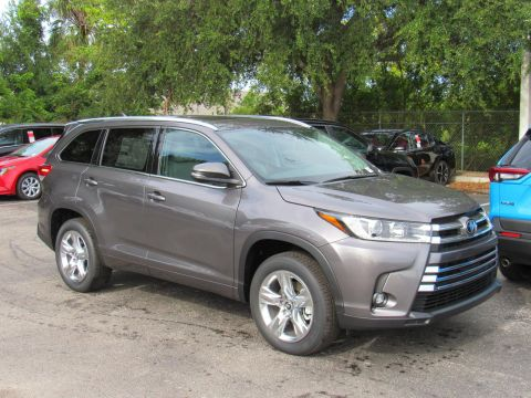 New 2019 Toyota Highlander Limited V6 FWD FWD
