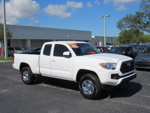Certified Pre-Owned 2016 Toyota Tacoma 2WD Access Cab I4 AT SR