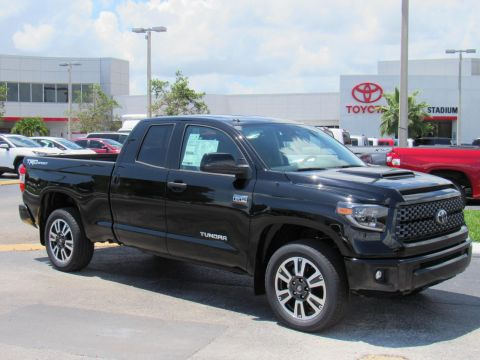 New 2019 Toyota Tundra 2WD SR5 Double Cab 6.5' Bed 5.7L (Natl) With Navigation
