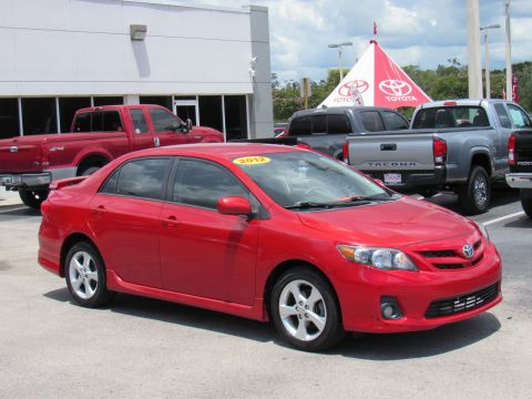 Pre-Owned 2012 Toyota Corolla 4dr Sdn Auto S (Natl) Front Wheel Drive