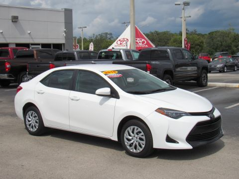 Certified Pre-Owned 2019 Toyota Corolla LE CVT (Natl) Front Wheel Drive