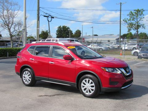 Pre-Owned 2017 Nissan Rogue FWD S Front Wheel Drive