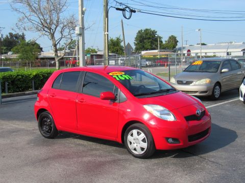 Pre-Owned 2010 Toyota Yaris 5dr LB Auto (Natl)