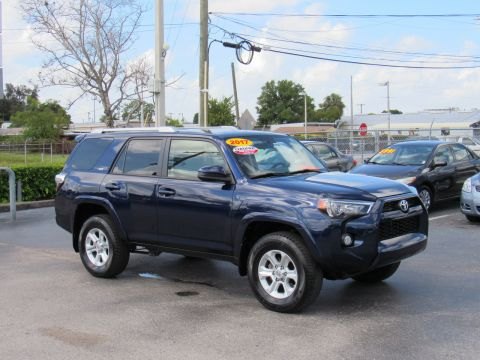 Certified Pre-Owned 2017 Toyota 4Runner SR5 4WD (Natl) Four Wheel Drive