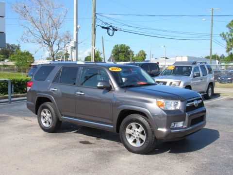 Pre-Owned 2011 Toyota 4Runner RWD 4dr V6 SR5 (Natl) Rear Wheel Drive