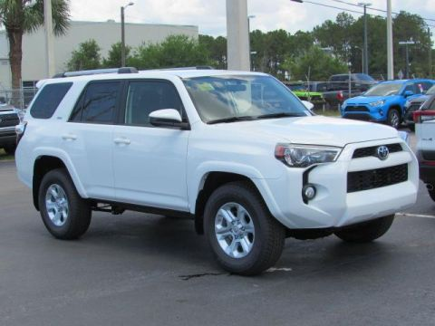 New 2019 Toyota 4Runner SR5 2WD With Navigation