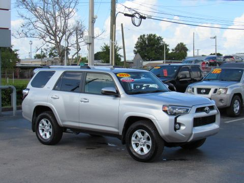 Certified Pre-Owned 2019 Toyota 4Runner SR5 2WD (Natl) Rear Wheel Drive