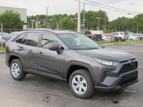 New 2019 Toyota RAV4 LE FWD FWD