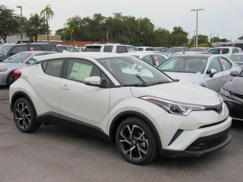 New 2019 Toyota C-HR XLE FWD (Natl) XLE FWD (Natl) Front Wheel Drive