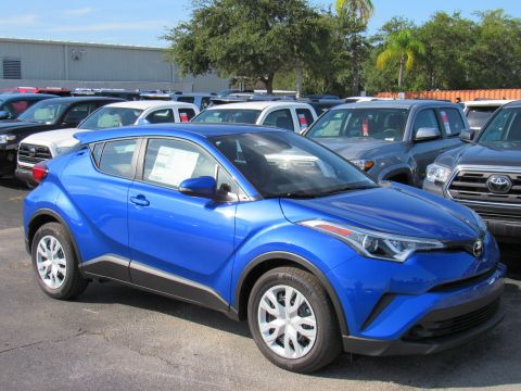 New 2019 Toyota C-HR LE FWD (Natl) LE FWD (Natl) Front Wheel Drive